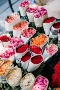 Verschiedene Rosen bereit zum versenden